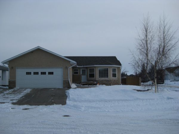 house sold in vulcan comfree 403538