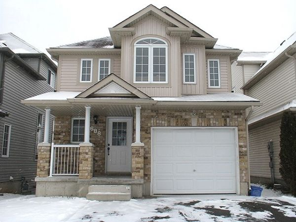 house sold in waterloo comfree 222360