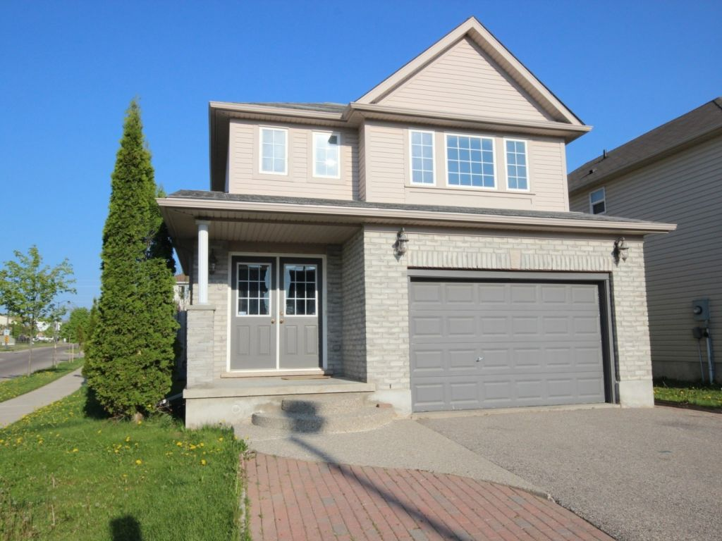 house sold in waterloo comfree 700616