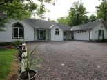 Bungalow in Wendover, Ottawa and Surrounding Area