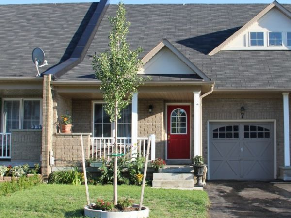 house sold in whitby comfree 278755