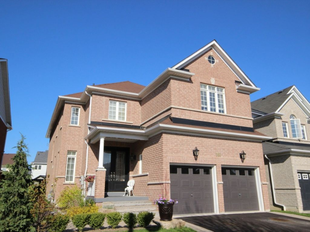 house sold in whitby comfree 695042