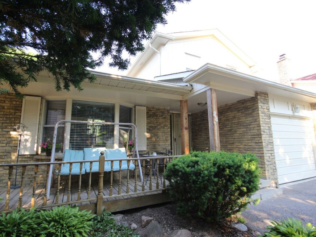 house sold in whitby comfree 706966