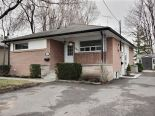 Bungalow in Whitby, Toronto / York Region / Durham