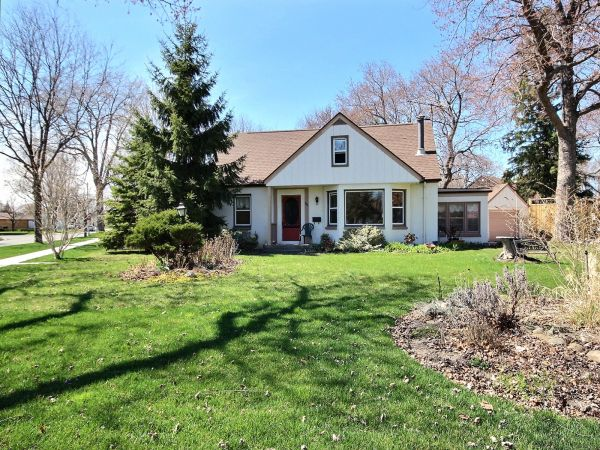 House Sold In Windsor Comfree 584766