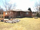 Bungalow in Windsor, Essex / Windsor / Kent / Lambton  0% commission