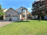 1 1/2 Storey in Windsor, Essex / Windsor / Kent / Lambton