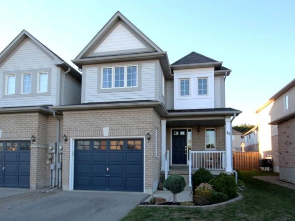 house sold in barrie comfree 717302