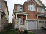 Semi-detached in Bradford, Toronto / York Region / Durham