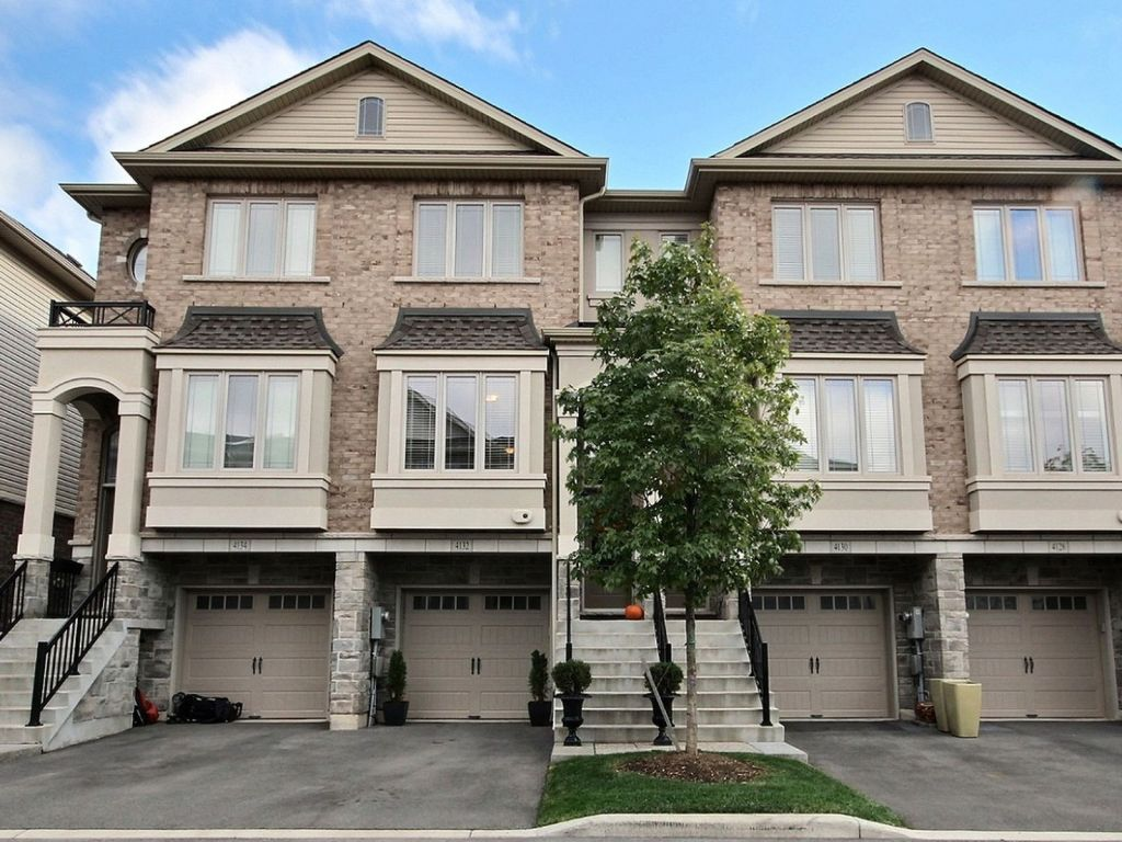 house sold in burlington comfree 722675