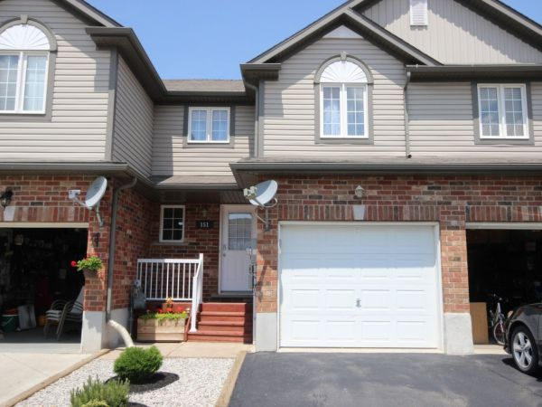 house sold in kitchener comfree 700604