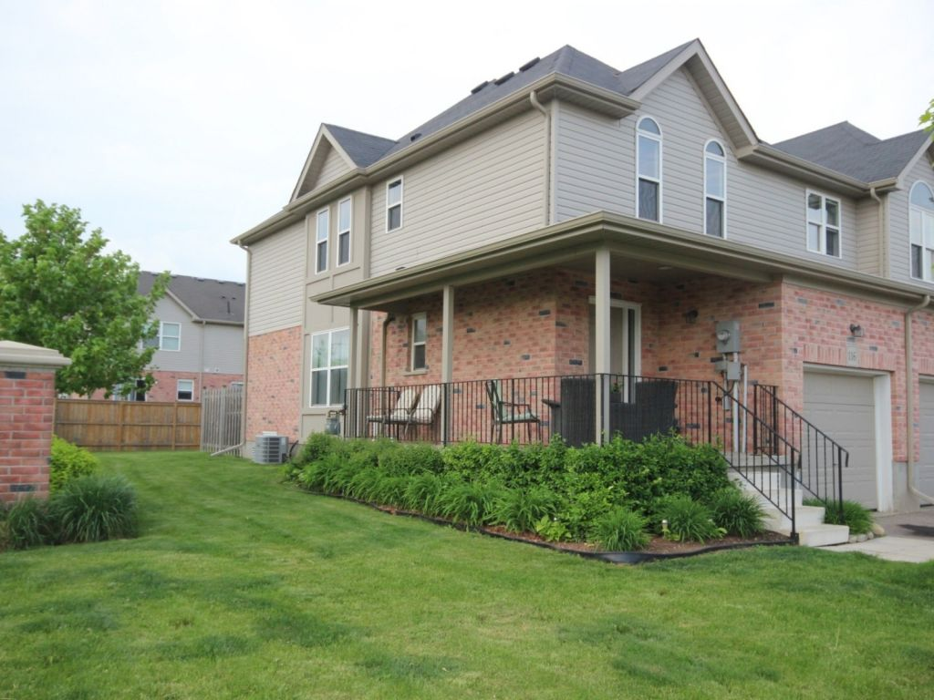 house sold in kitchener comfree 701641