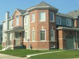 Townhouse in Oshawa, Toronto / York Region / Durham