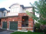 Townhouse in Oshawa, Toronto / York Region / Durham