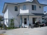 Townhouse in Penticton, Penticton Area  0% commission
