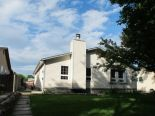 Semi-detached in Springfield North, Winnipeg - North East