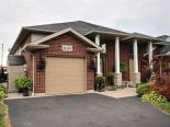 Semi-detached in Windsor, Essex / Windsor / Kent / Lambton