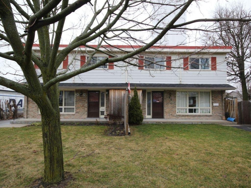 quadruplex sold in hagersville comfree 690587