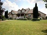 Acreage / Hobby Farm / Ranch in Plympton-Wyoming, Essex / Windsor / Kent / Lambton