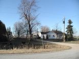 Acreage / Hobby Farm / Ranch in Wheatley, Essex / Windsor / Kent / Lambton