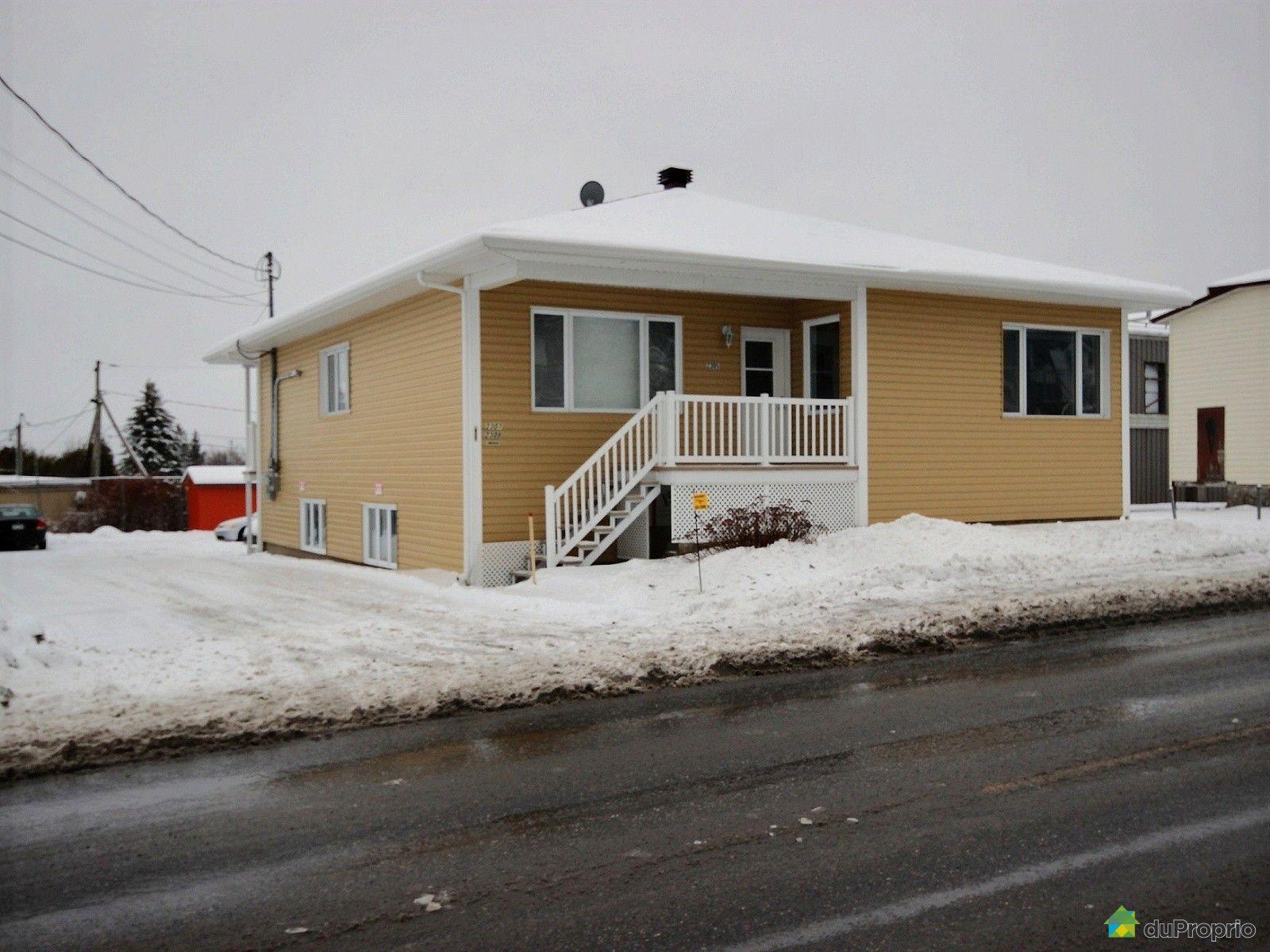 condo for sale in st mile 2305 rue de la faune duproprio 595483. Black Bedroom Furniture Sets. Home Design Ideas