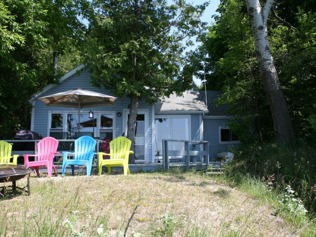 Cottage Sold In Kincardine Comfree 712846