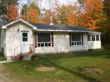 Bungalow in Burks Falls, Barrie / Muskoka / Georgian Bay / Haliburton
