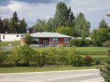 Bungalow in Cochrane, Sudbury / NorthBay / SS. Marie / Thunder Bay