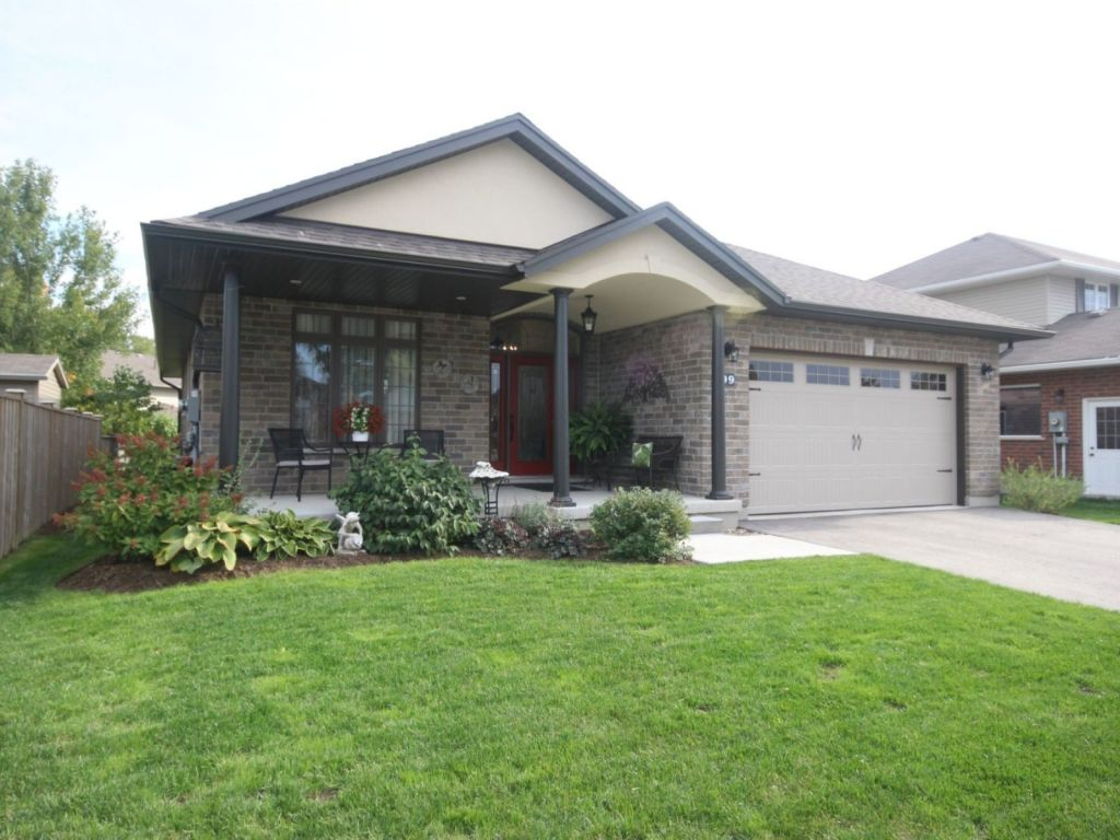 house sold in elora comfree 721001