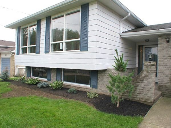house sold in hagersville comfree 197303