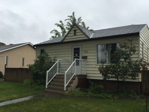raised bungalow sold in lethbridge comfree 712680