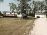Mobile home in Lorette, East Manitoba - South of #1