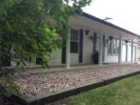 Bungalow in Oakbank, East Manitoba - North of #1  0% commission
