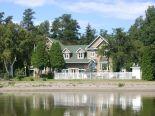 Villa in M�tabetchouan, Saguenay-Lac-Saint-Jean via owner