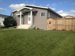 Bungalow in Carstairs, Airdrie / Banff / Canmore / Cochrane / Olds