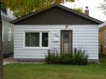 Bungalow in Chalmers, Winnipeg - North East