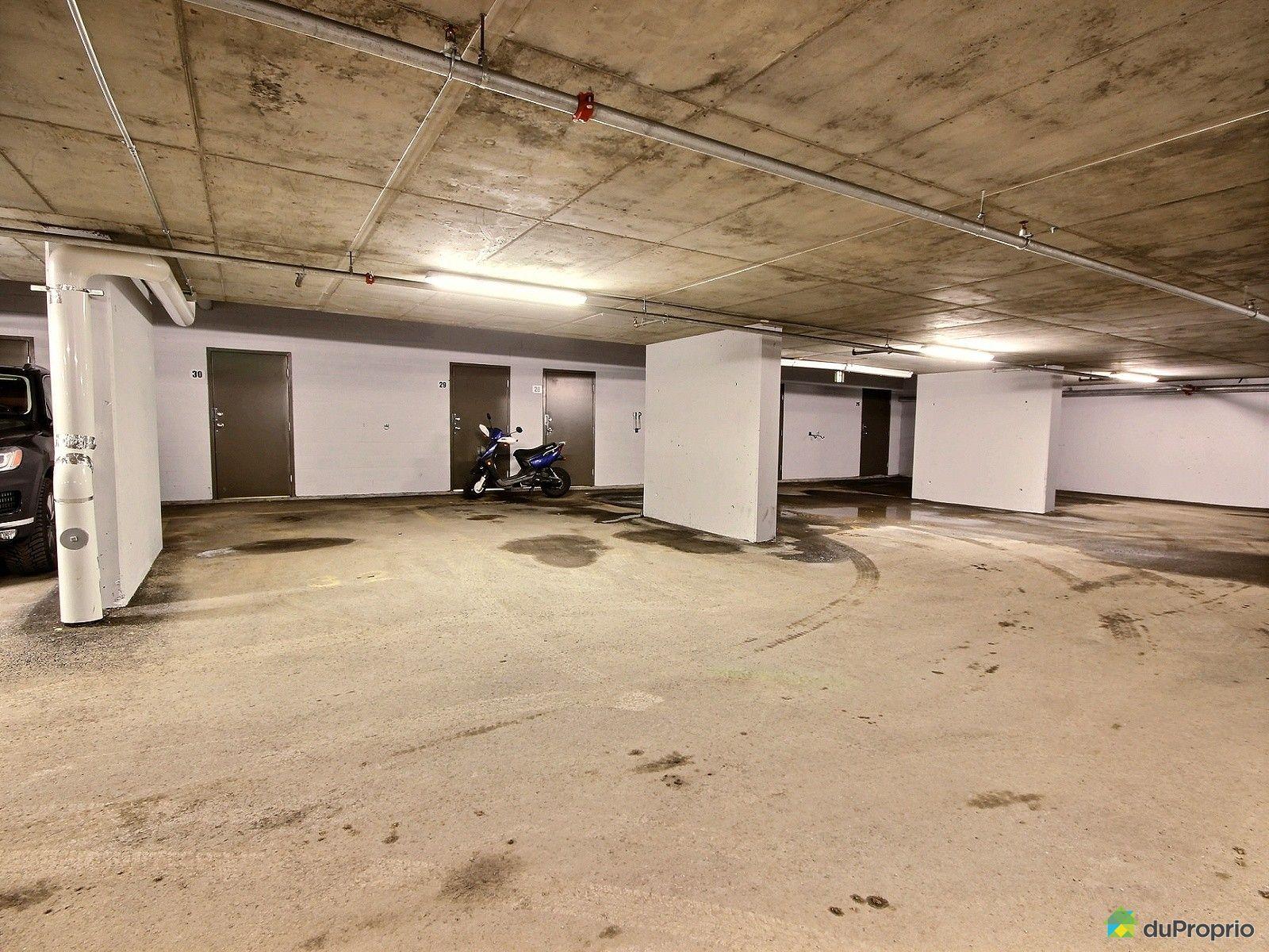 Evier pour garage a vendre id e inspirante for Poser du carrelage mural dans une douche