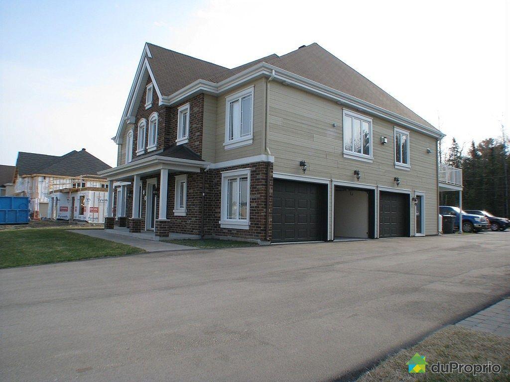 Condo vendu la plaine immobilier qu bec duproprio 325669 for Garage la plaine
