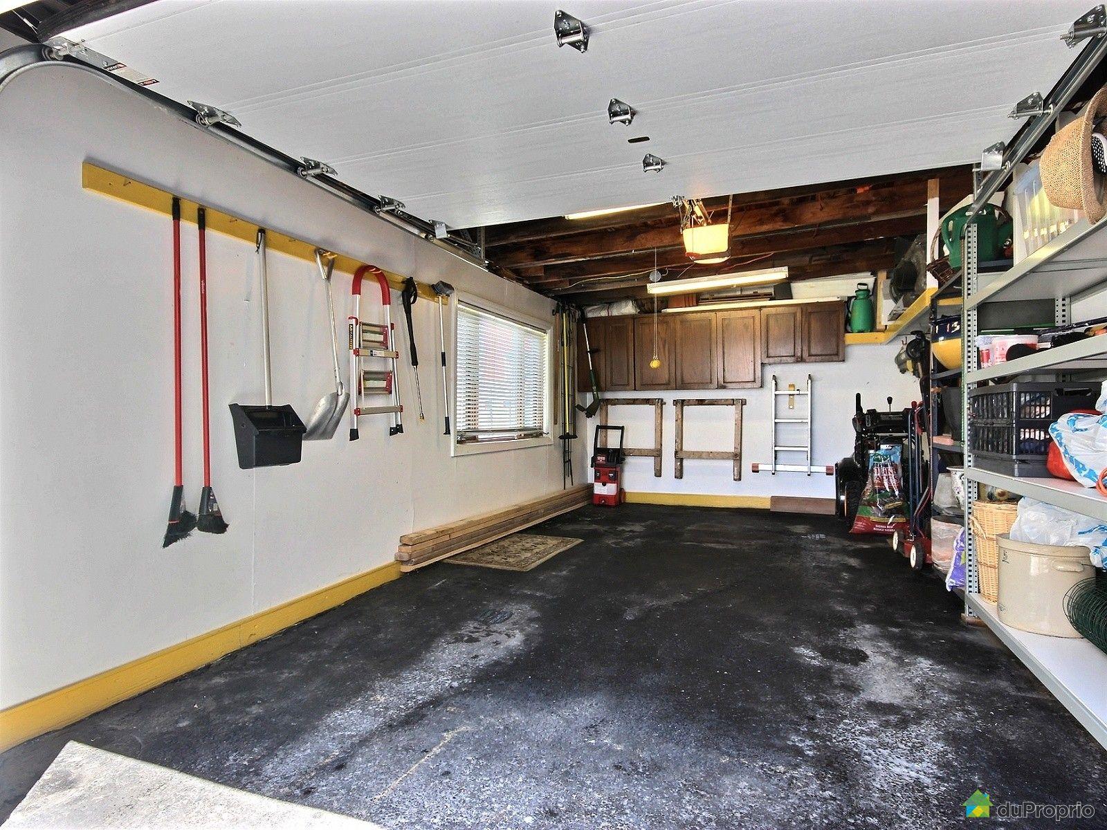 Duplex vendre laval des rapides 101 avenue du parc for Garage renault laval occasion