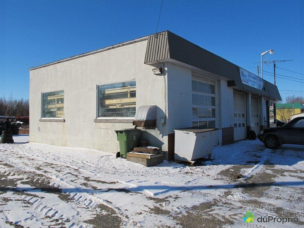 Garage vendre durham sud 120 rue de l 39 h tel de ville immobilier qu bec duproprio 479674 - Commerce garage a vendre ...