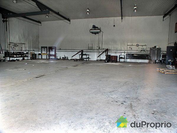 Immeuble commercial vendu laurier station immobilier qu bec duproprio 172773 - Commerce garage a vendre ...