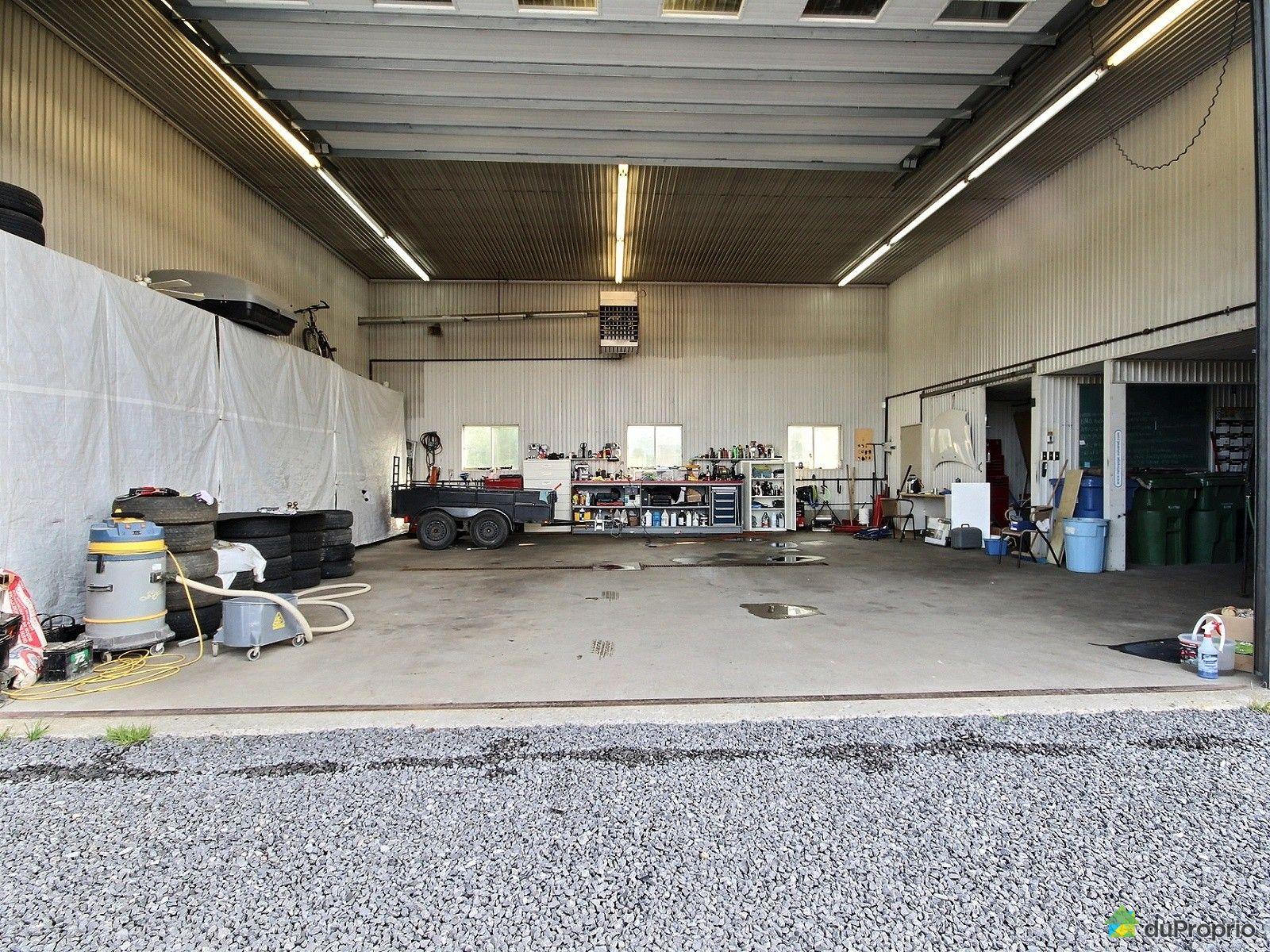 Immeuble commercial vendre neufchatel 7985 boulevard de l 39 ormi re immobilier qu bec - Commerce garage a vendre ...