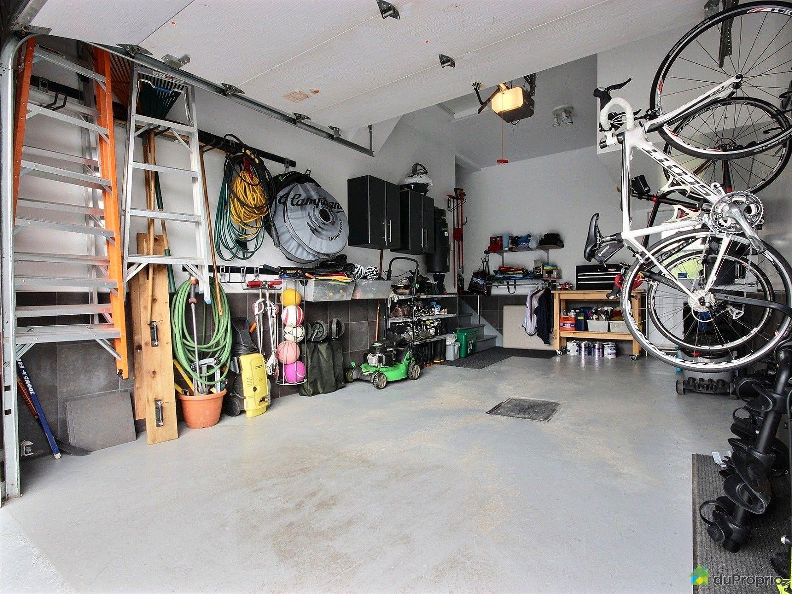 Maison vendu candiac immobilier qu bec duproprio 550224 for Garage vestric et candiac