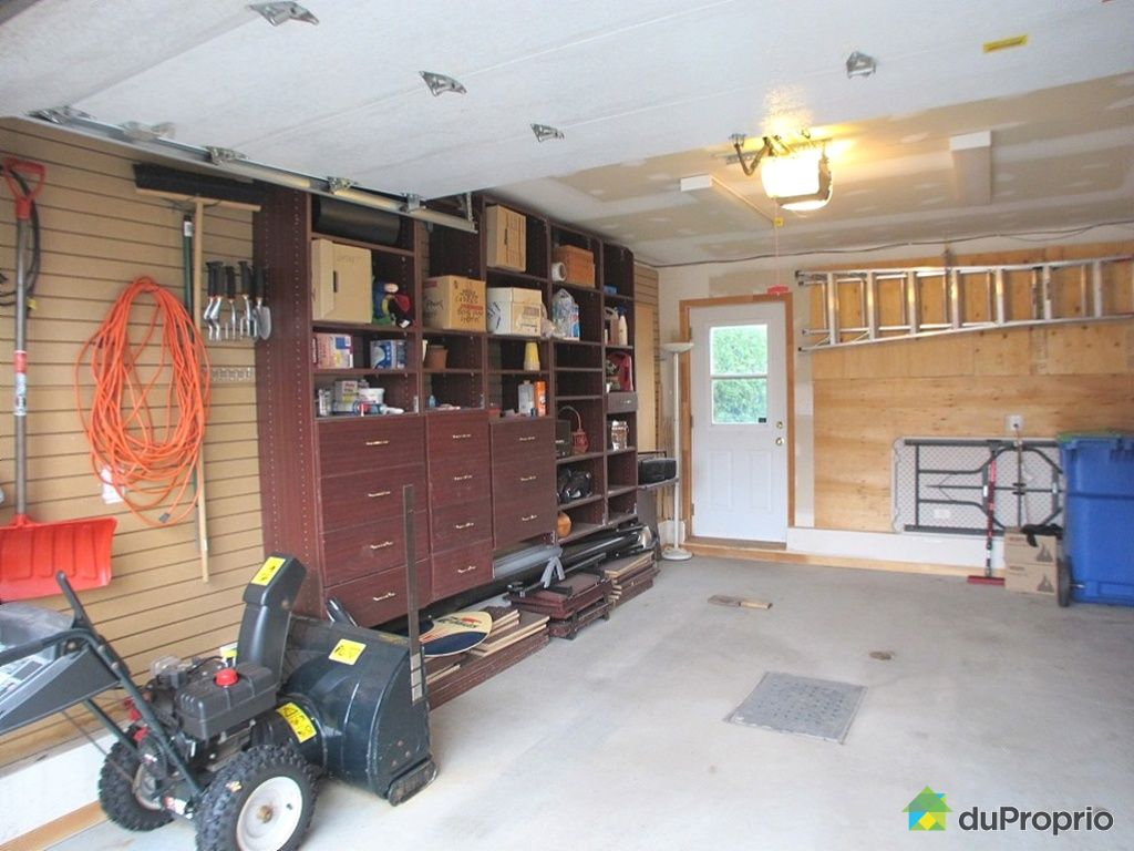 Maison vendu candiac immobilier qu bec duproprio 376203 for Garage vestric et candiac