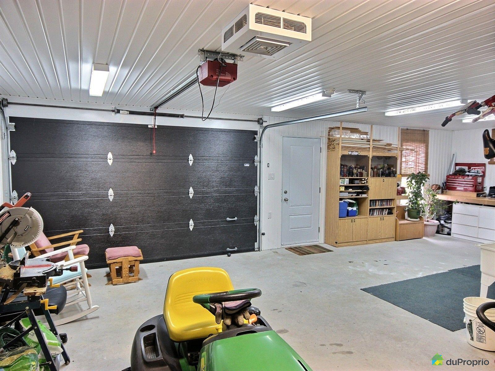 Maison vendre chesterville 1001 rue du faubourg for Garage du faubourg le quesnoy
