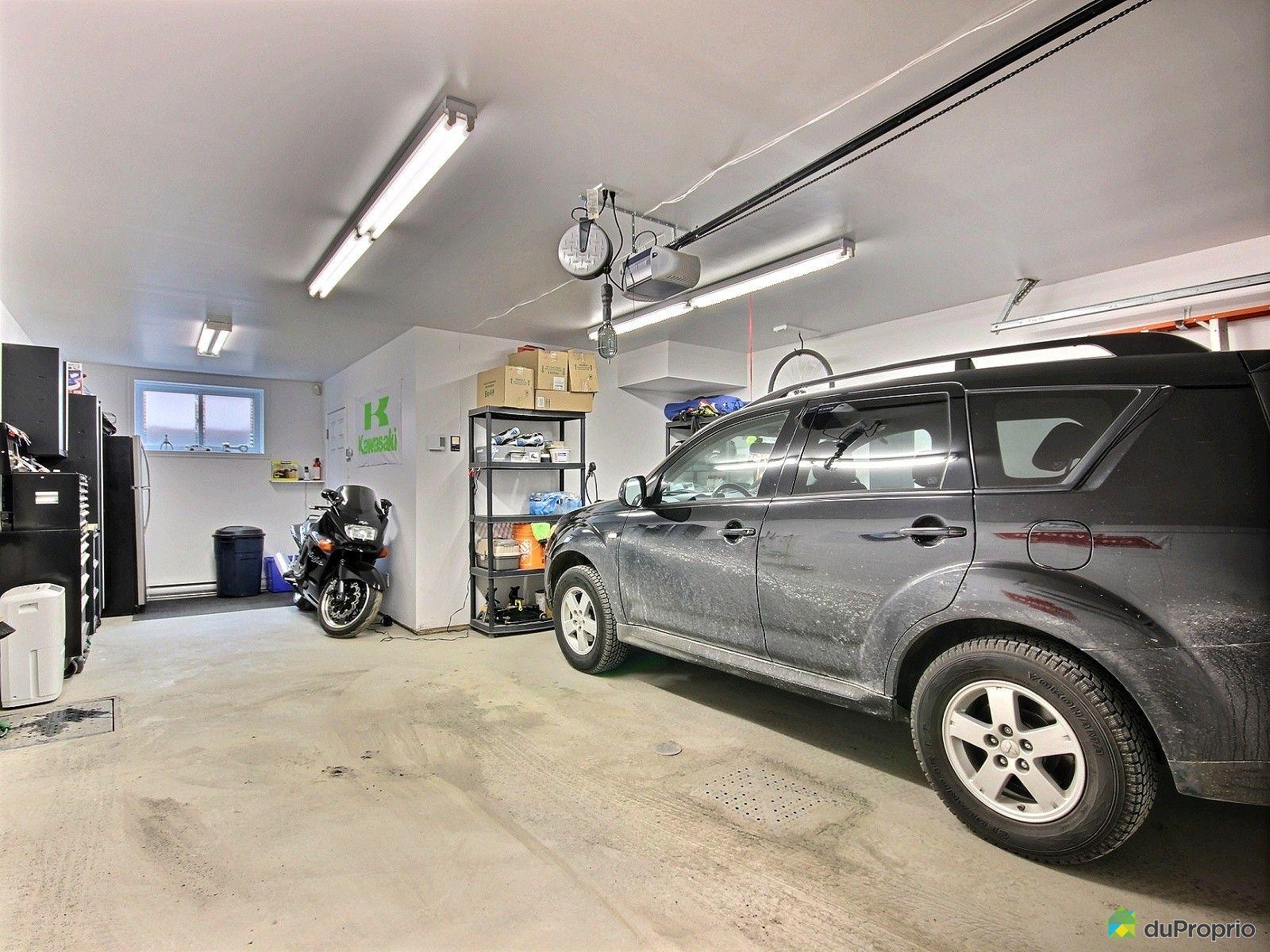 Maison vendu candiac immobilier qu bec duproprio 482711 for Garage vestric et candiac