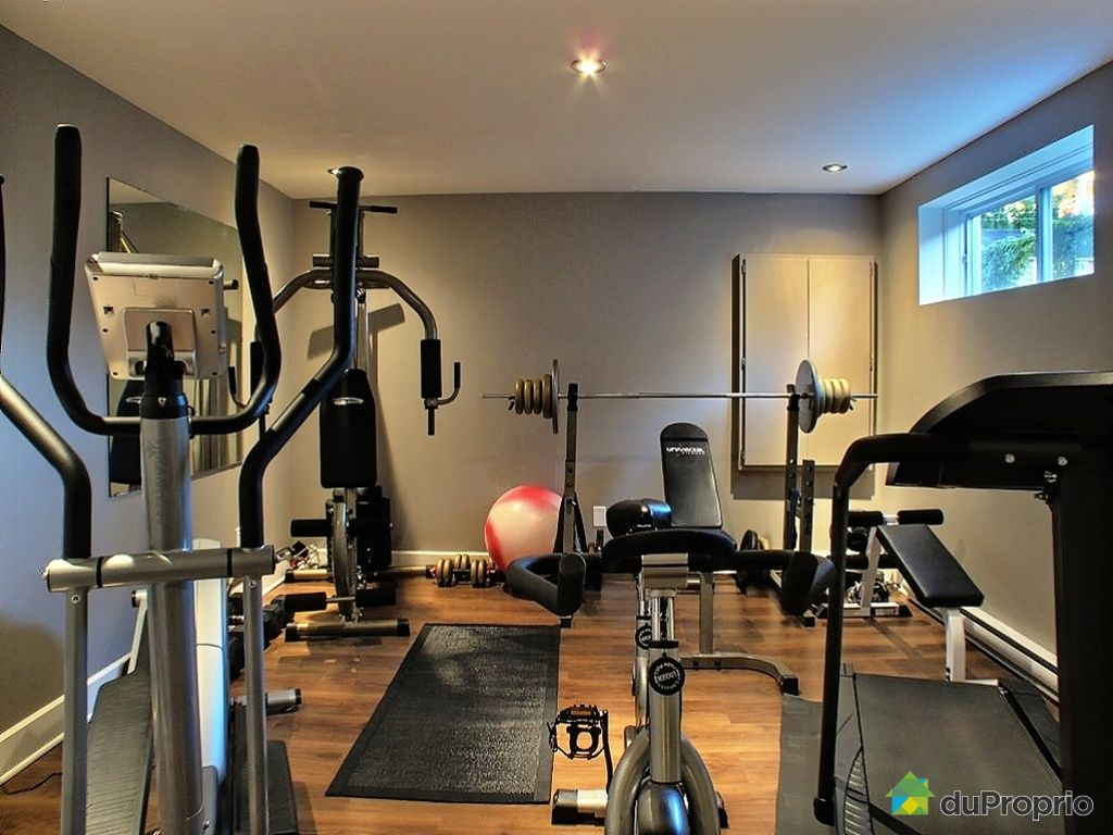 gym a la maison. Black Bedroom Furniture Sets. Home Design Ideas