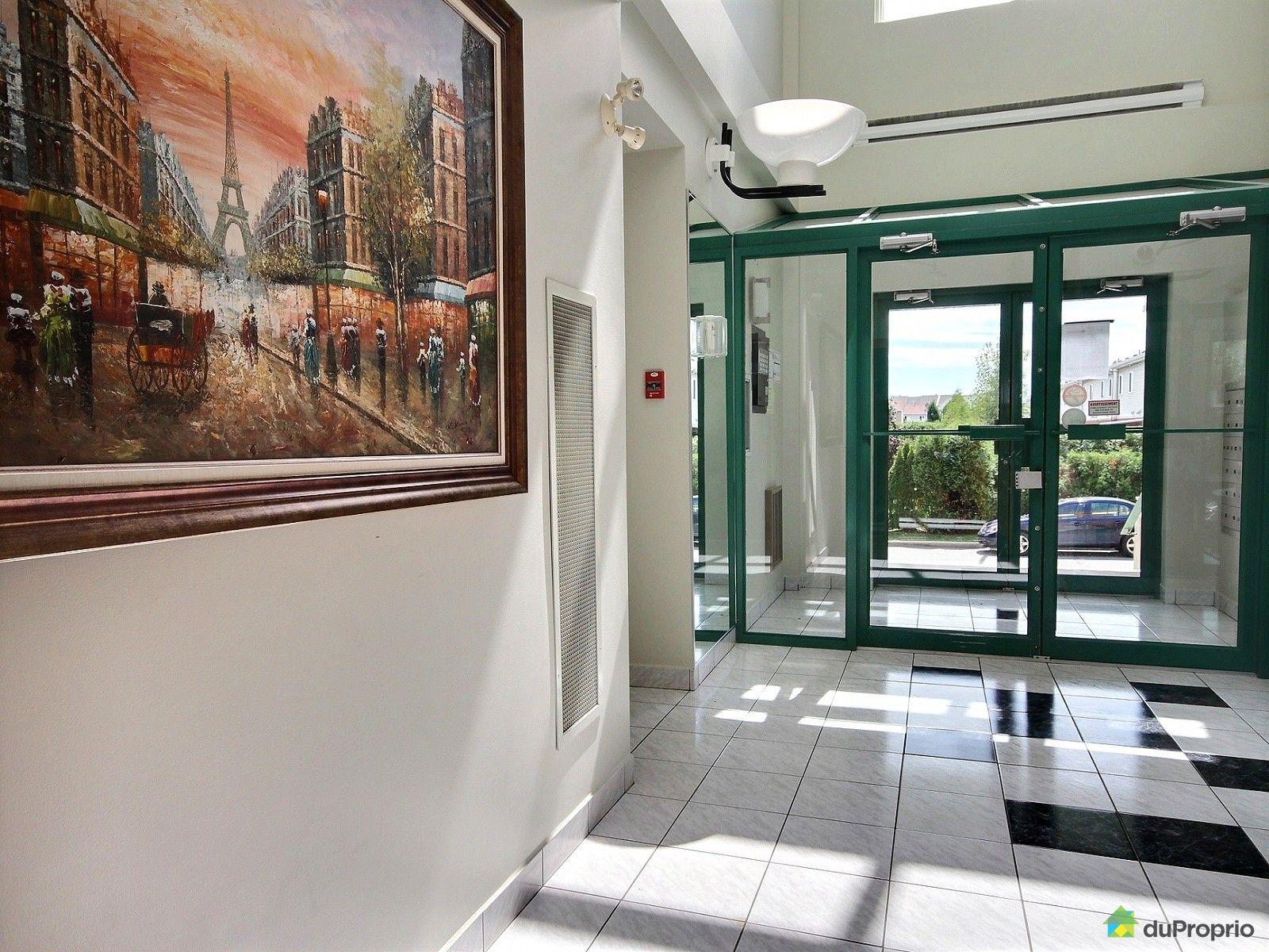 Condo vendre brossard 104 9240 rue riverin immobilier for Golf interieur brossard