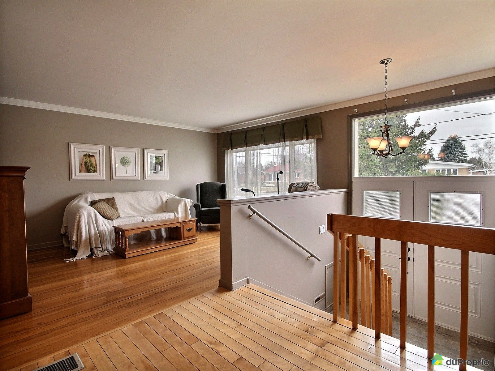 Foyer Grand Ouest Beaurepaire : Maison à vendre farnham boulevard magenta ouest