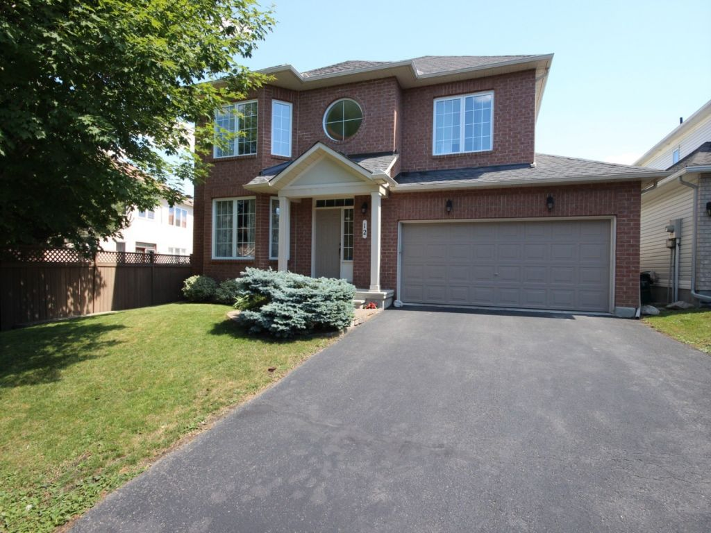 house sold in kanata comfree 705156